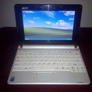 Netbook : Acer Aspire One ZG5