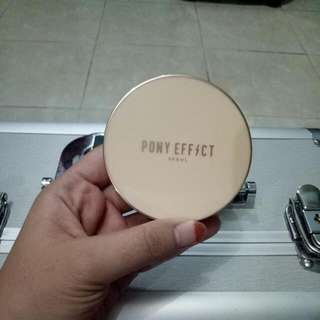 Pony Effect Powder Pact