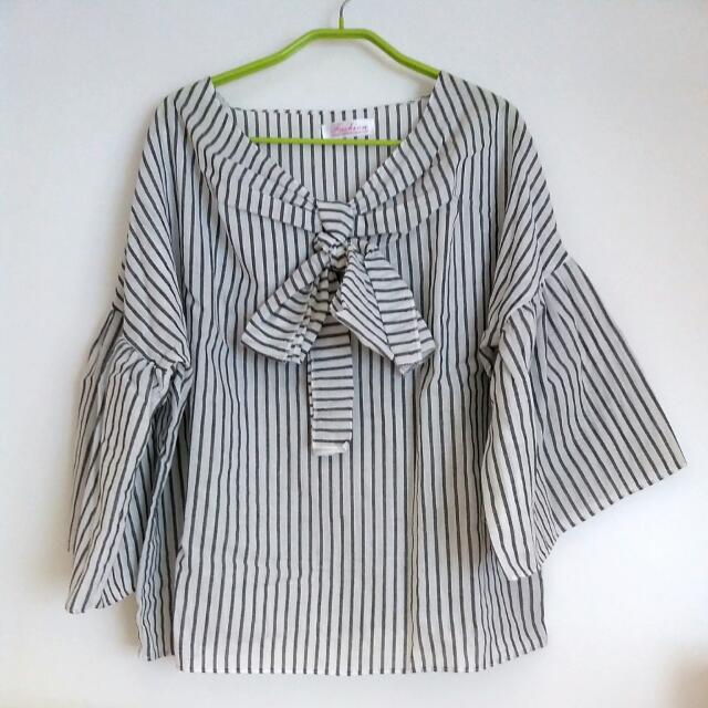 棉麻灰白條紋夏季涼感上衣