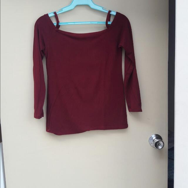 Avenue Maroon Off Shoulder Fits M-L Sizes Php150