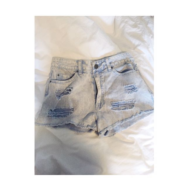 BDG HIGH WAISTED DISTRESSED DENIM SHORTS