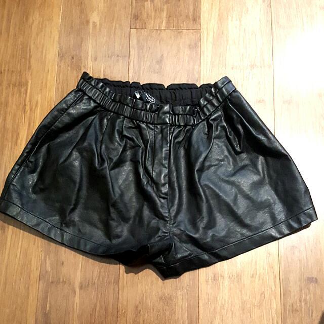 Black Leather Shorts Size 10