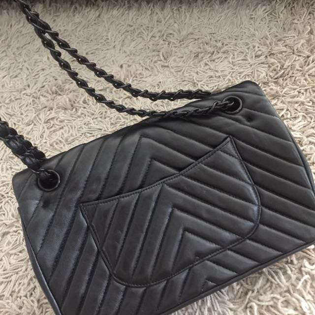 94366f02ac4 Chanel, Women's Fashion, Women's Bags & Wallets on Carousell