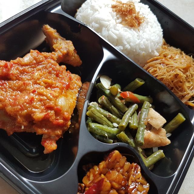 Cherish Lunch Box - Nasi Rames Ayam