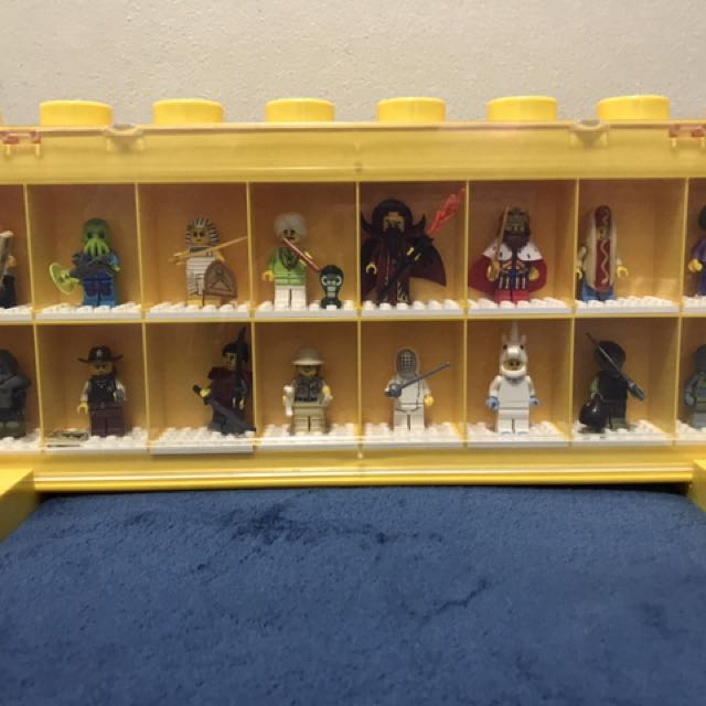 Complete series 13 with display case