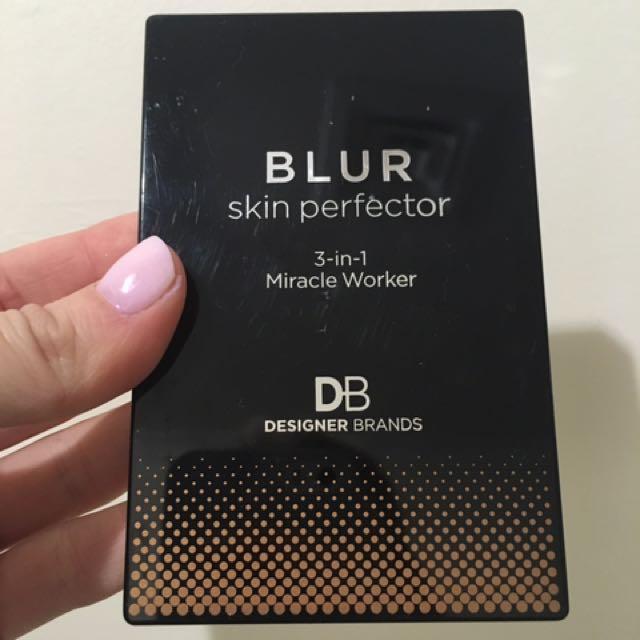 Designer Brands Blur Skin Perfector