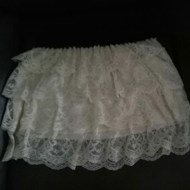 Garterized Lace Skirt