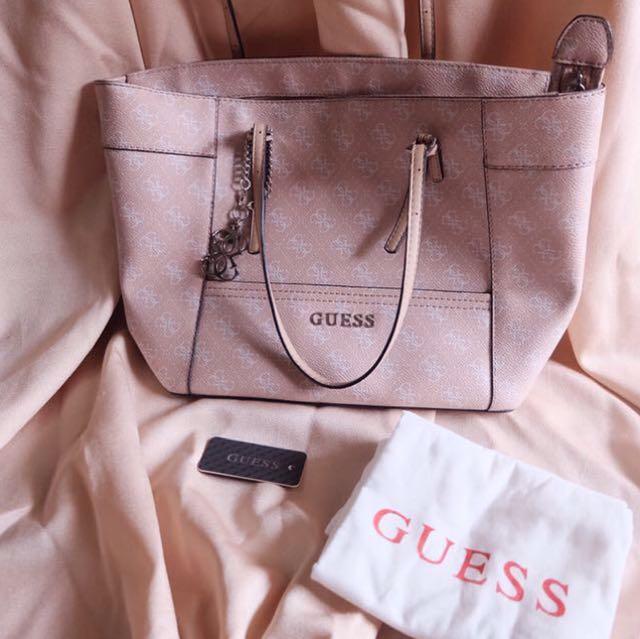 Guess Ori Size M