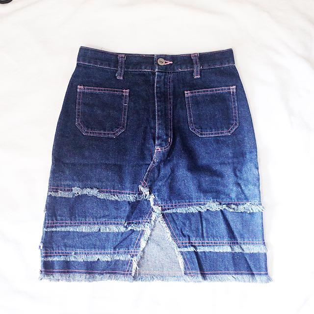HW jeans skirt