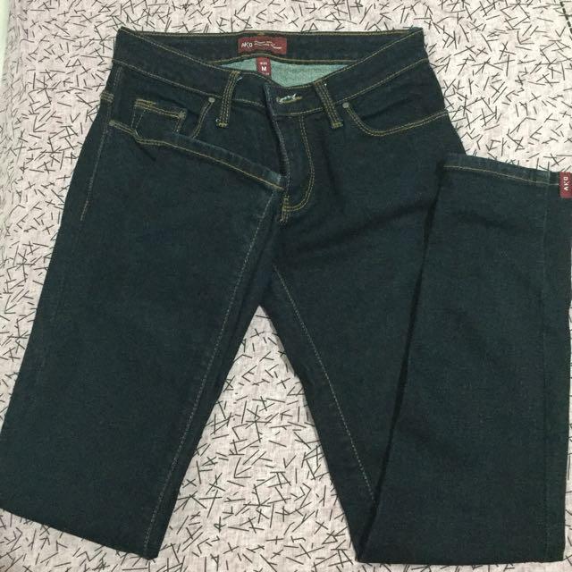 Jeans Hitam AKO