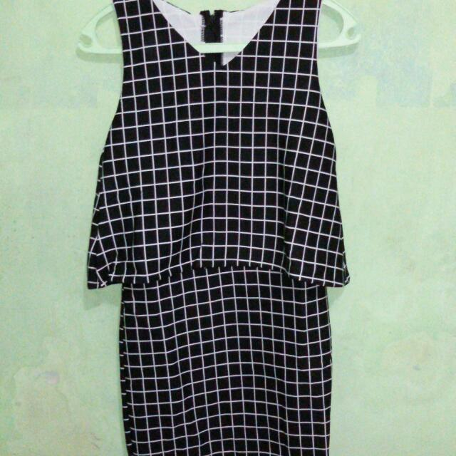 London Dress (Fit To M)