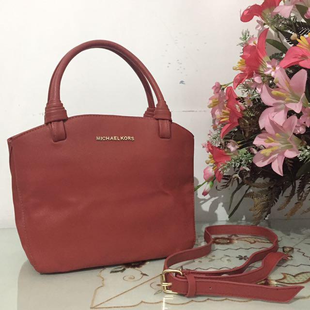 Michael Kors Hand Bag (MK Semi Premium)