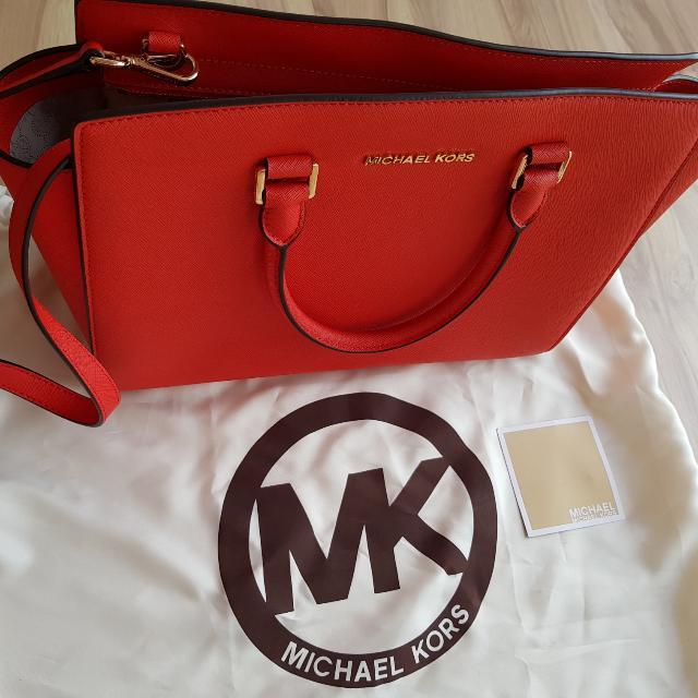 df5f1150d1 ... best michael kors selma medium bag matching wallet luxury bags 9267e  0a7e5