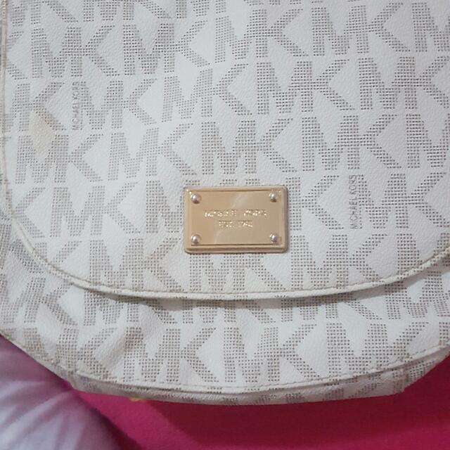 Michael Kors Sling Bag