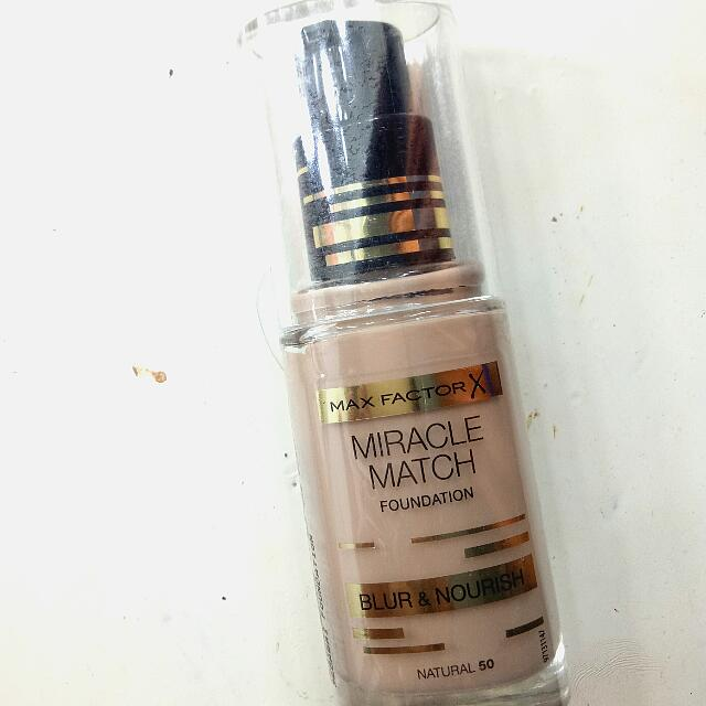 (NEW) Max Factor Miracle Match Foundation