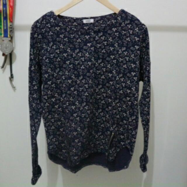 Old Navy (Semi Sweater)