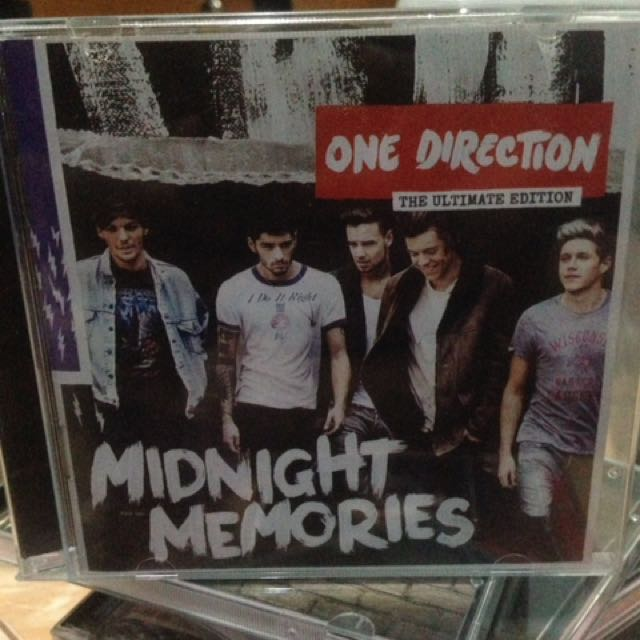 ONE DIRECTION MIDNIGHT MEMORIES ULTIMATE (Impor UK)