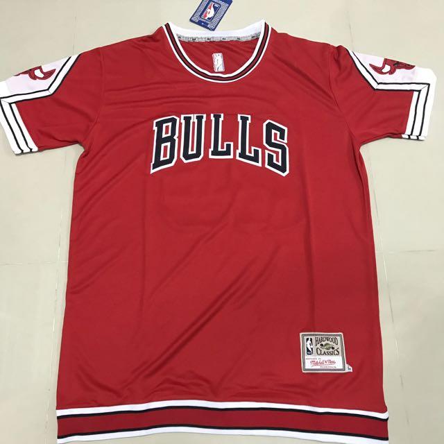 PO  NBA Chicago Bulls Michael Jordan Vintage Hardwood Classic Warm Up  Sleeve Jersey 7e018621a
