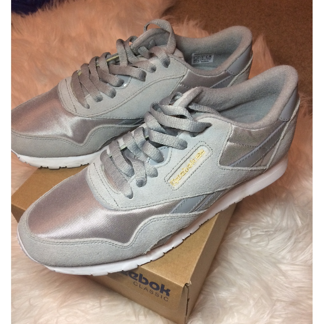 "Reebok HYPE DC Exclusive ""Classic Nylon"" Womens Sneakers in Grey/White Size 9"