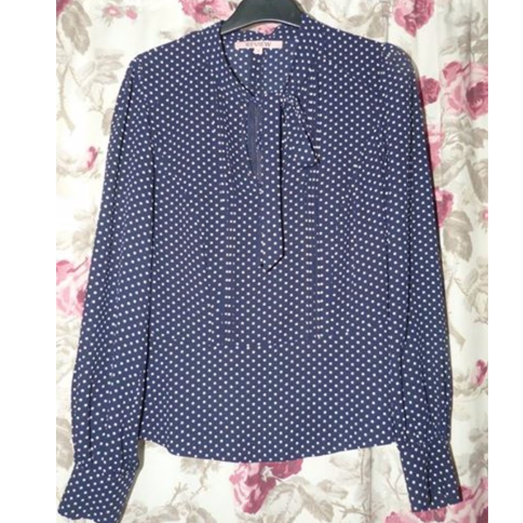 Review size 8 polka dot navy blouse with self - neck tie excellent
