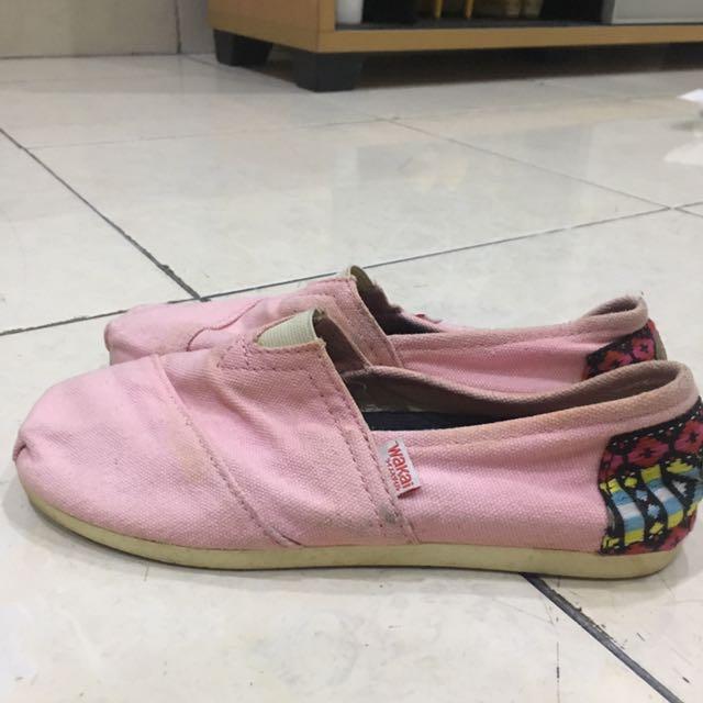 Sepatu Wakai wanita size 35