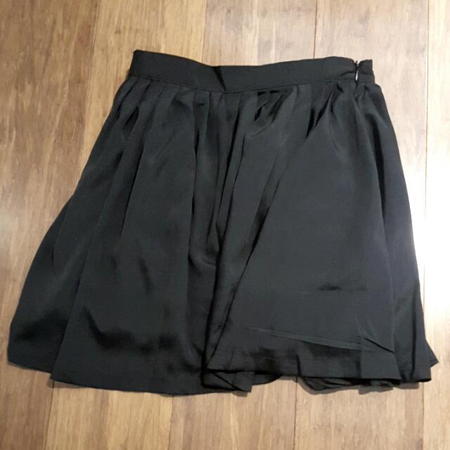 Show Pony High Waisted Skirt BNWT