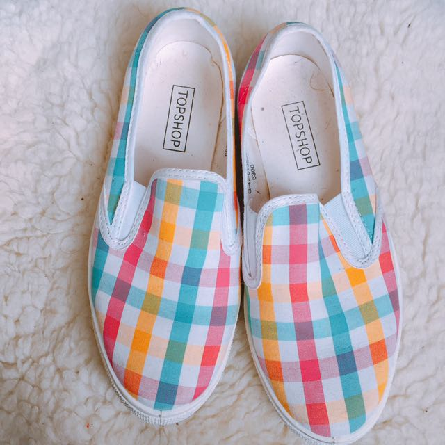 (size - nz5) Topshop slip-on