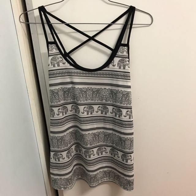TEMT size 8 Black And White Tank