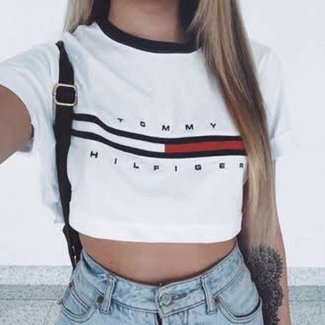 Tommy Hilfiger Logo Print Cropped Tee