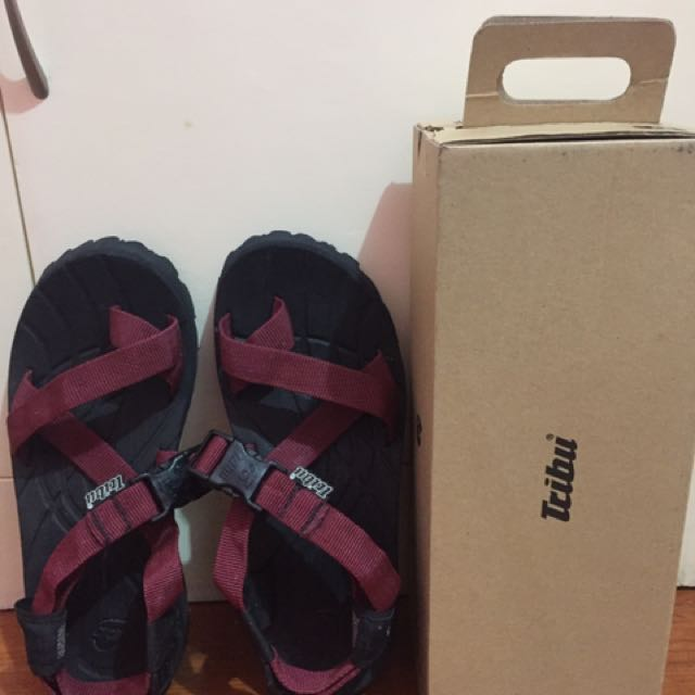 Tribu Hiking Sandals