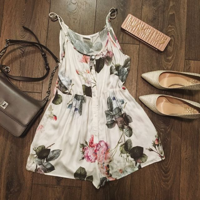 **PRICE DROP**Urban Outfitters White Floral Romper