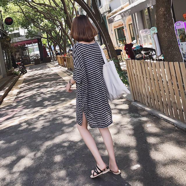 🔎慵懶條紋V領連衣裙