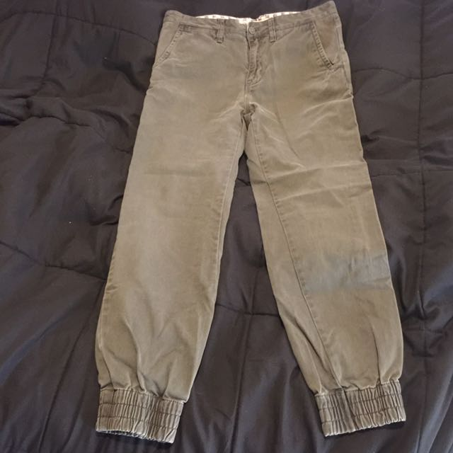 Vans Chinos/joggers Size 30