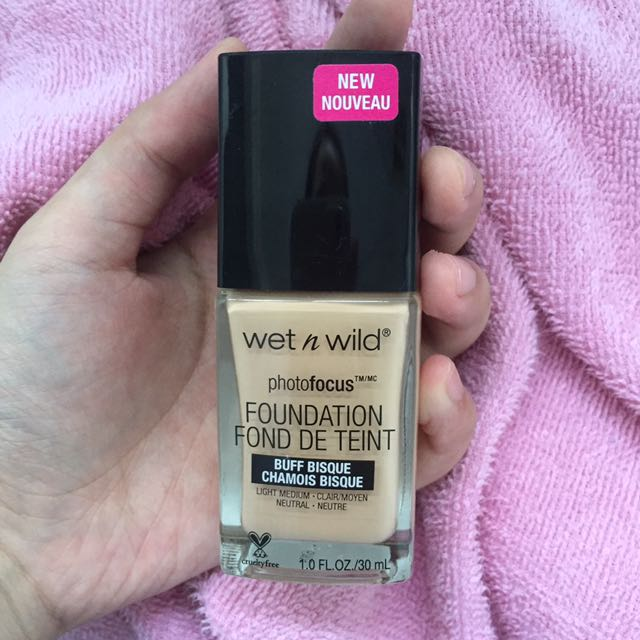 Wet N wild WNW Photofocus Foundation shade buff bisque cruelty free
