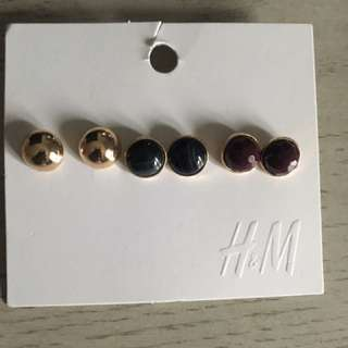 3 Pairs Of Earrings From H&M
