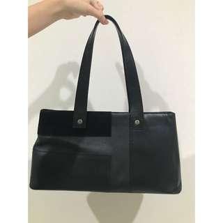 Burberry Classic Handbag 100%ORI