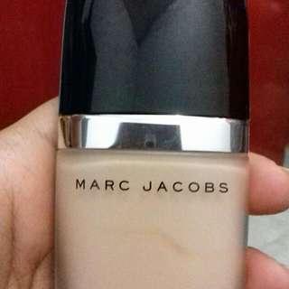 Marc Jacobs Gel Genius Foundation
