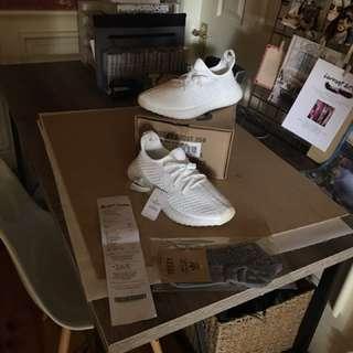 V3 size 9.5 tripple white