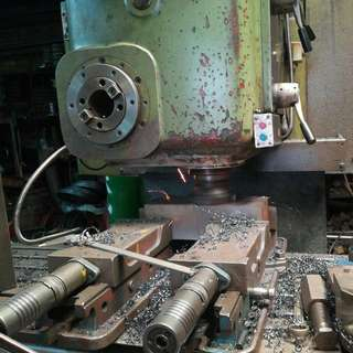 機械加工(鑽孔,銑床,車床,焊接)