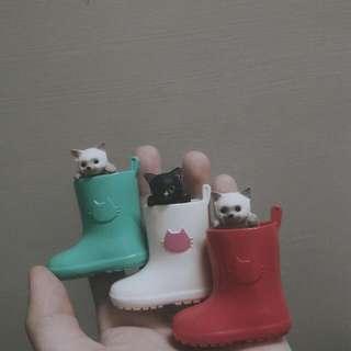絕版靴子貓扭蛋(剩白色)
