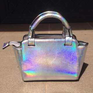 STRADIVARIUS MINI SLING BAG SILVER HOLOGRAM