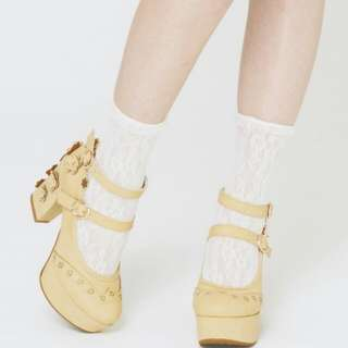 LIZ LISA Flower Strap Beige Pumps