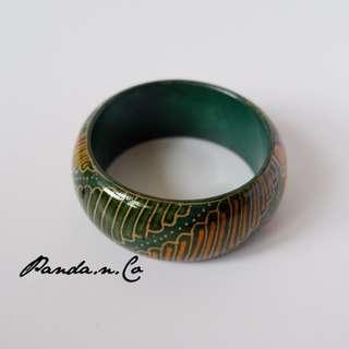 Clandestine Bracelet / Gelang Batik