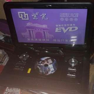 可攜式DVD播放機