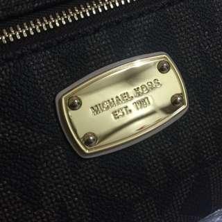 Michael Kors wallet bag