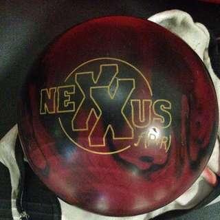 Brunswick  Nexxus Bowling Ball