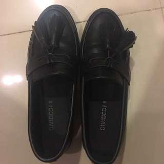 H&M黑色圓頭蝴蝶結低跟淑女紳士皮鞋