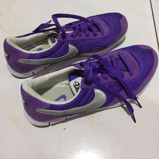 Nike Purple Running Shoes