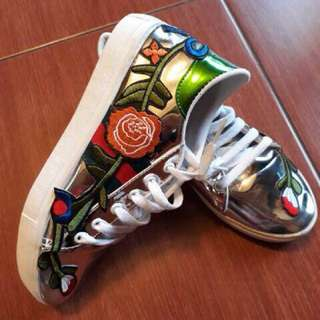 Gucci embro flower shoes silver 40