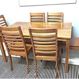 Meja Makan 6 Orang / 6 Seater Dining Table